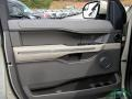 Ford Expedition XLT White Gold photo #27