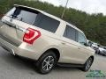 Ford Expedition XLT White Gold photo #33