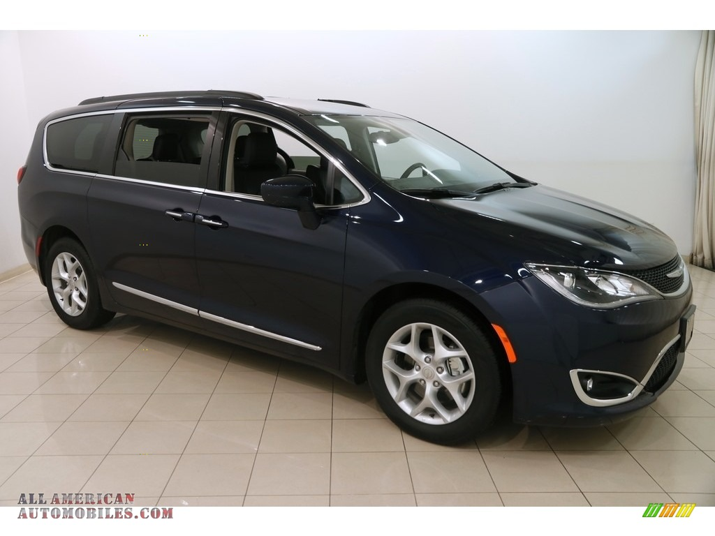 2017 Pacifica Touring L - Jazz Blue Pearl / Black/Alloy photo #1