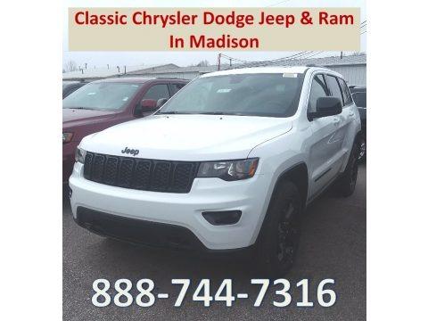 Bright White 2018 Jeep Grand Cherokee Laredo 4x4