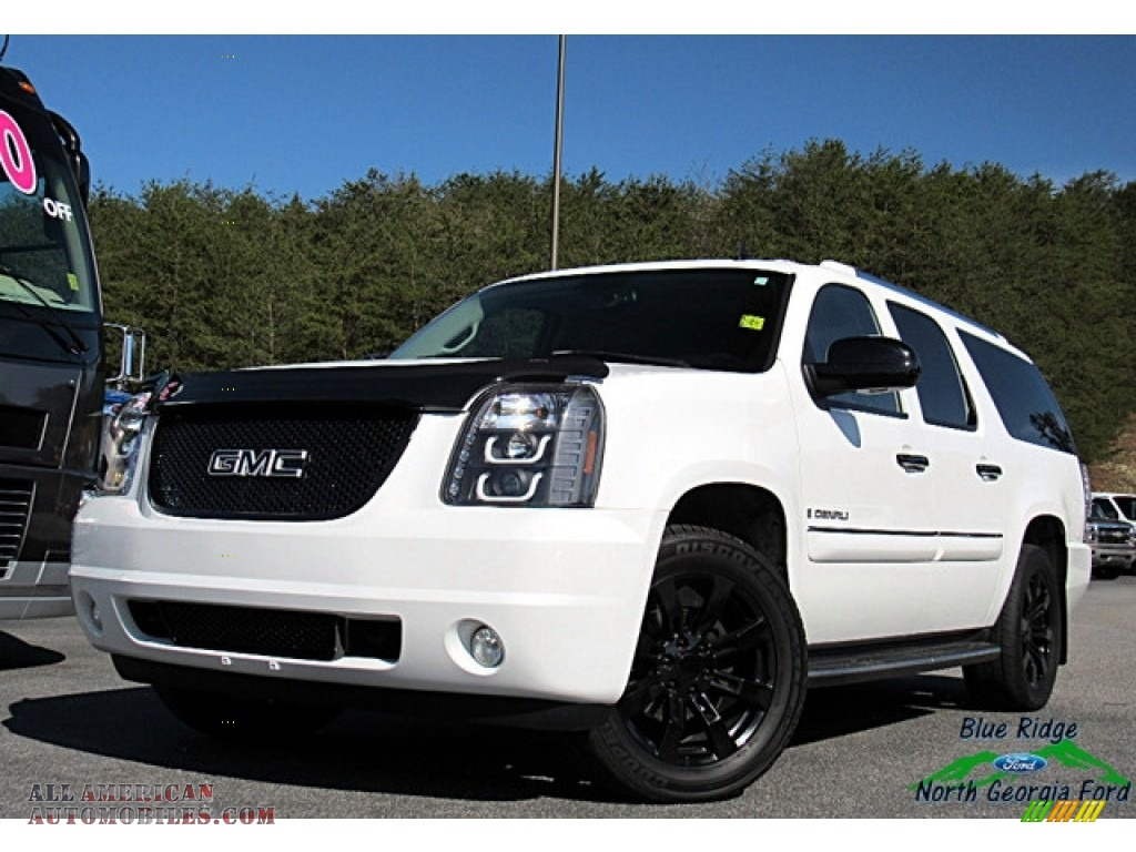2007 Yukon XL Denali AWD - Summit White / Ebony Black photo #1