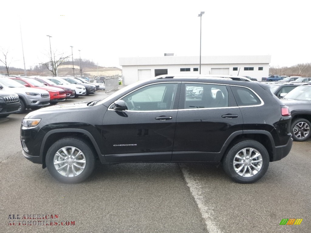 2019 Cherokee Latitude 4x4 - Diamond Black Crystal Pearl / Black photo #2