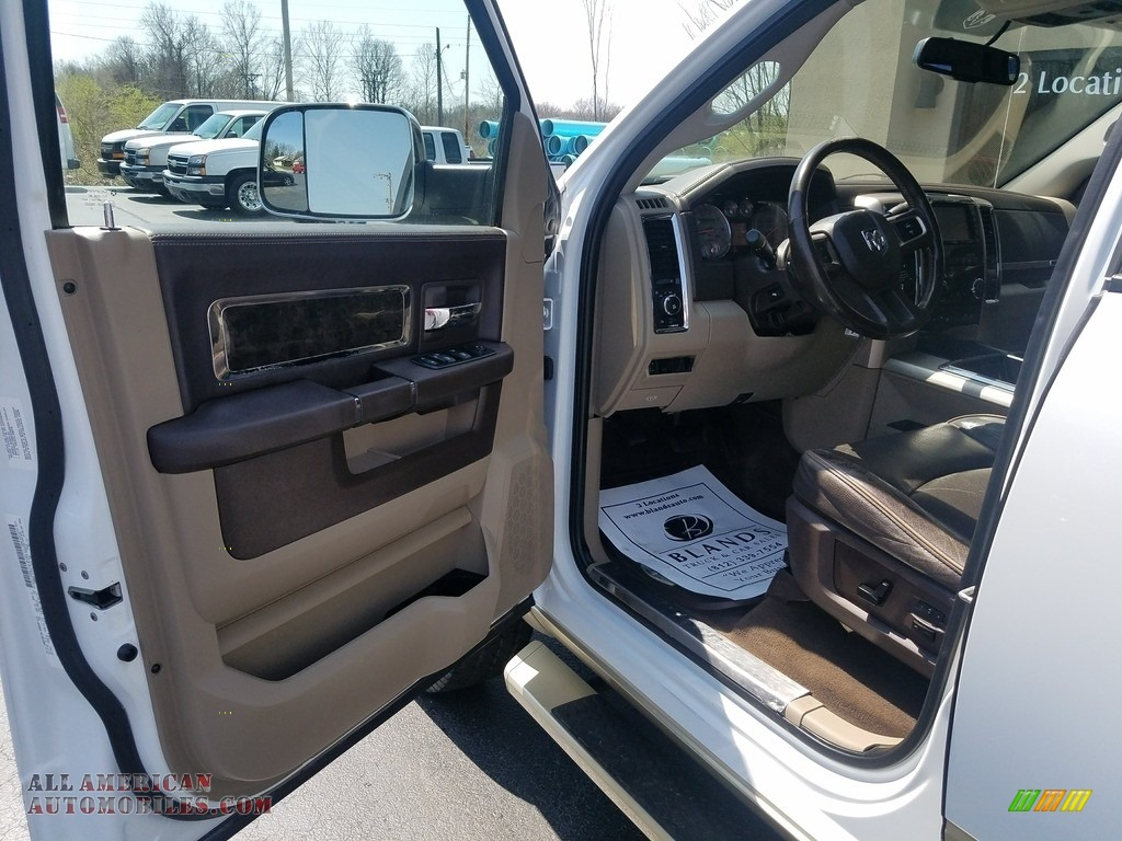 2011 Ram 2500 HD Laramie Crew Cab 4x4 - Bright White / Light Pebble Beige/Bark Brown photo #10
