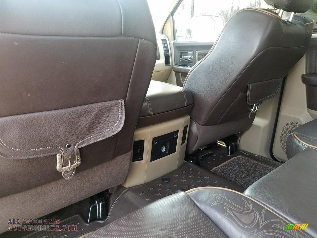 2011 Ram 2500 HD Laramie Crew Cab 4x4 - Bright White / Light Pebble Beige/Bark Brown photo #48