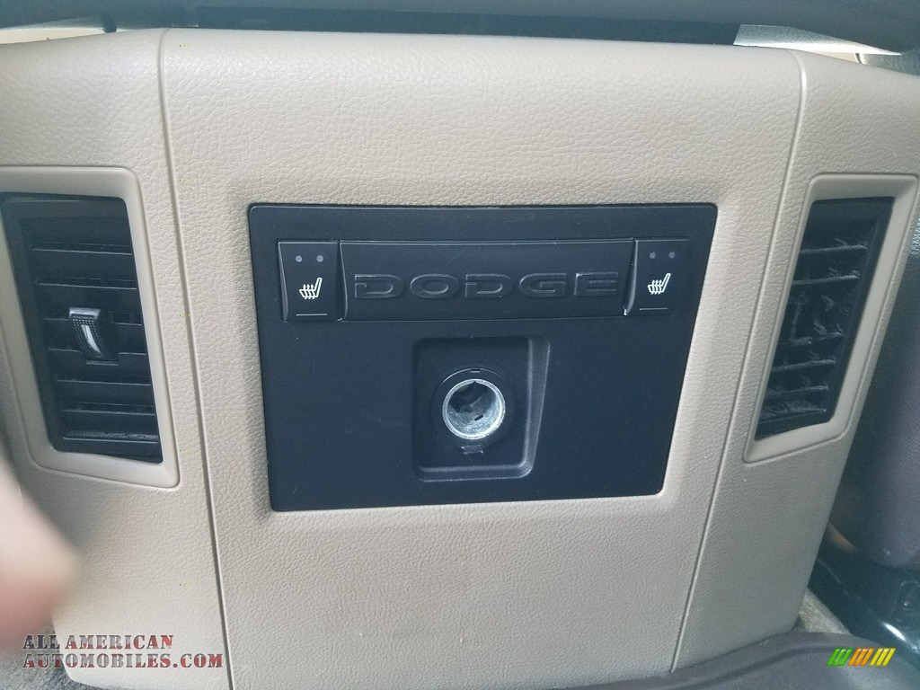 2011 Ram 2500 HD Laramie Crew Cab 4x4 - Bright White / Light Pebble Beige/Bark Brown photo #49