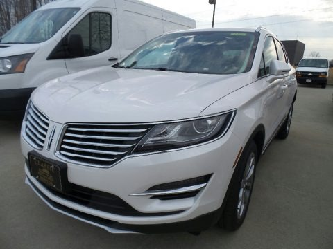 White Platinum 2018 Lincoln MKC Select