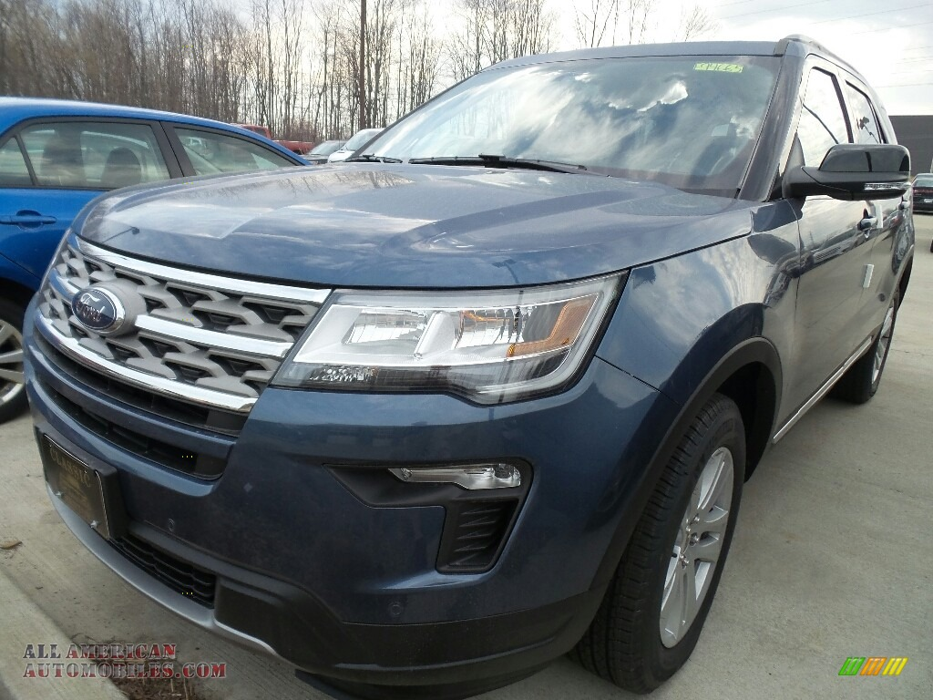 2018 Explorer XLT 4WD - Blue Metallic / Ebony Black photo #1