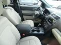 Ford Explorer XLT 4WD Platinum Dune photo #4