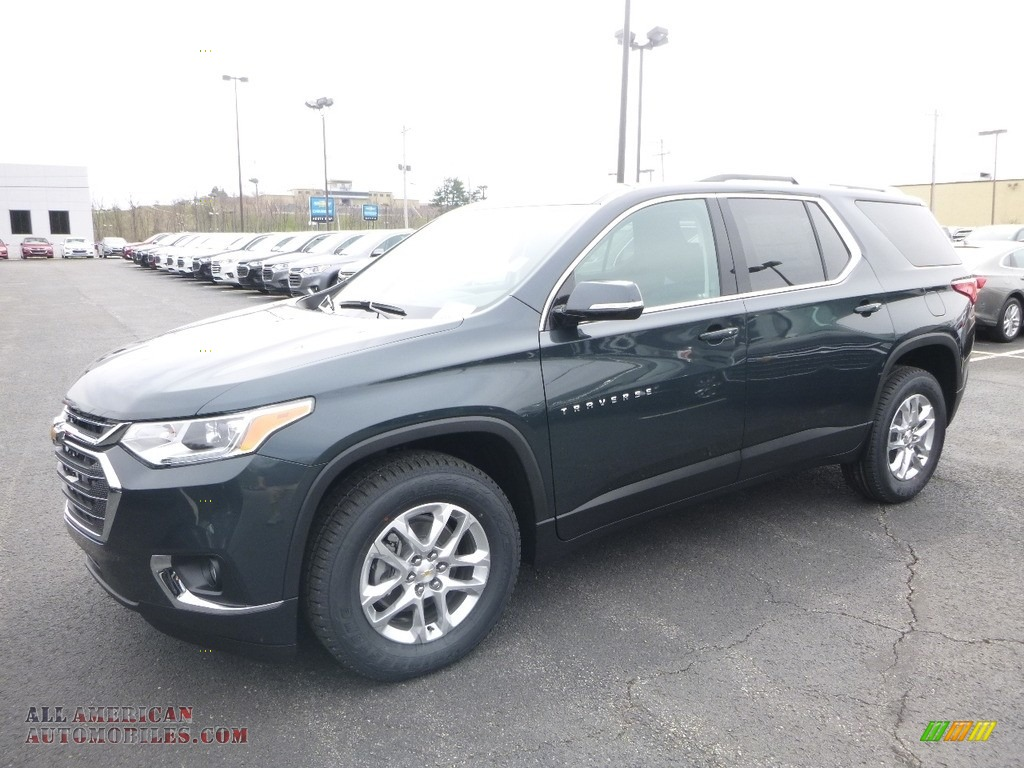 Graphite Metallic / Jet Black Chevrolet Traverse LT AWD