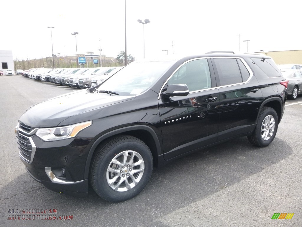Mosaic Black Metallic / Jet Black Chevrolet Traverse LT AWD