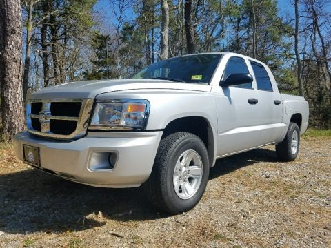Bright Silver Metallic 2008 Dodge Dakota SLT Crew Cab