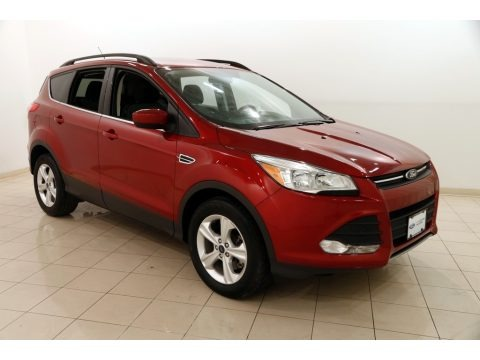 Ruby Red Metallic 2016 Ford Escape SE 4WD