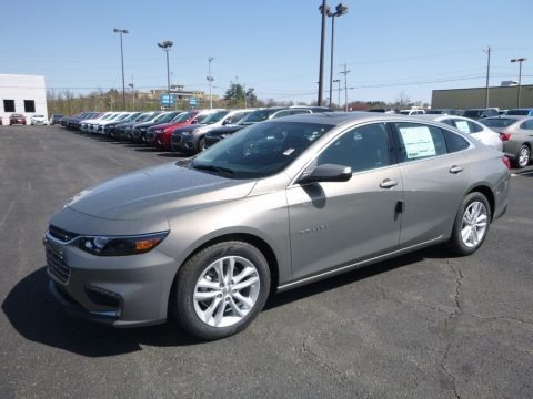 Pepperdust Metallic 2018 Chevrolet Malibu LT