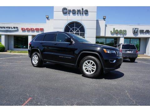 Diamond Black Crystal Pearl 2018 Jeep Grand Cherokee Laredo