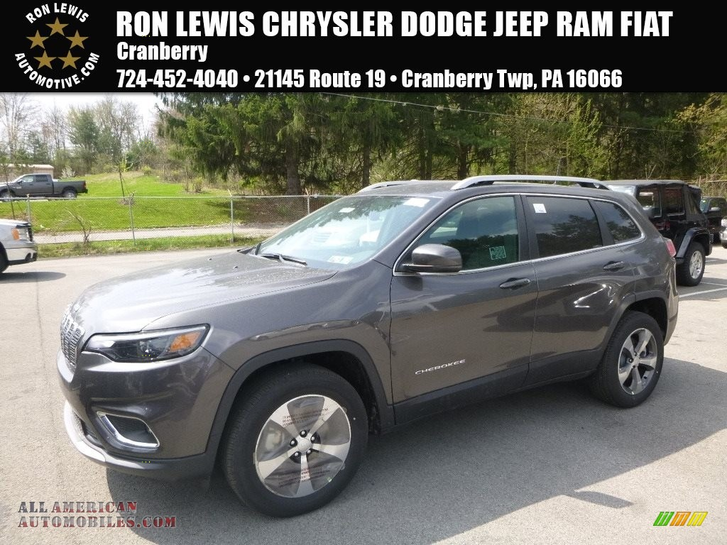Granite Crystal Metallic / Black Jeep Cherokee Limited 4x4