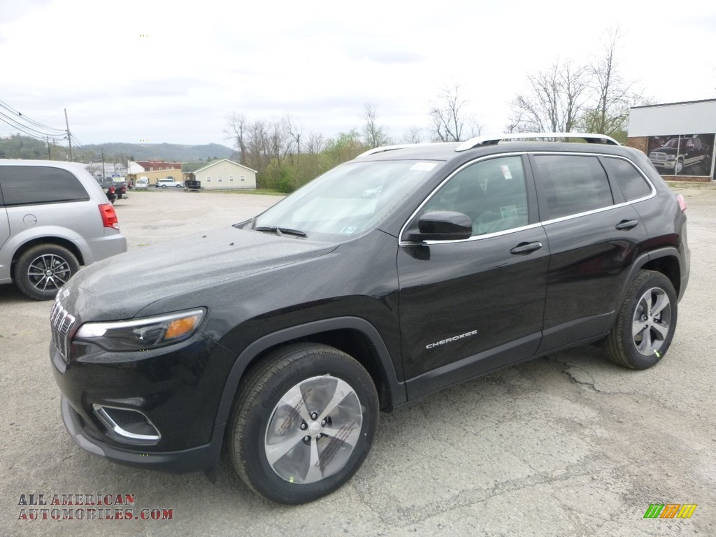 2019 Cherokee Limited 4x4 - Diamond Black Crystal Pearl / Black photo #1