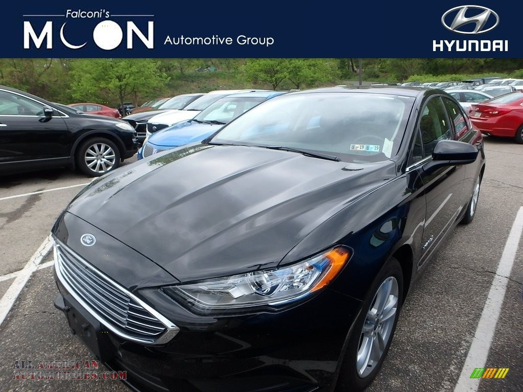 Shadow Black / Ebony Ford Fusion Hybrid SE
