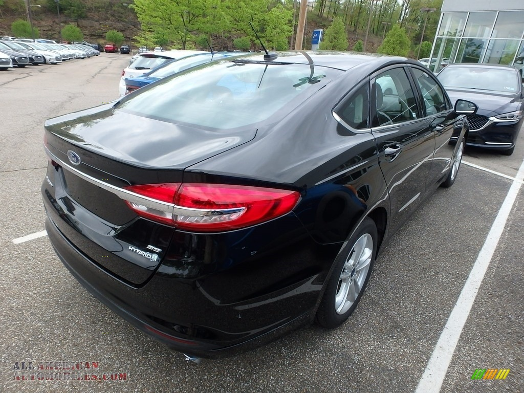 2018 Fusion Hybrid SE - Shadow Black / Ebony photo #4