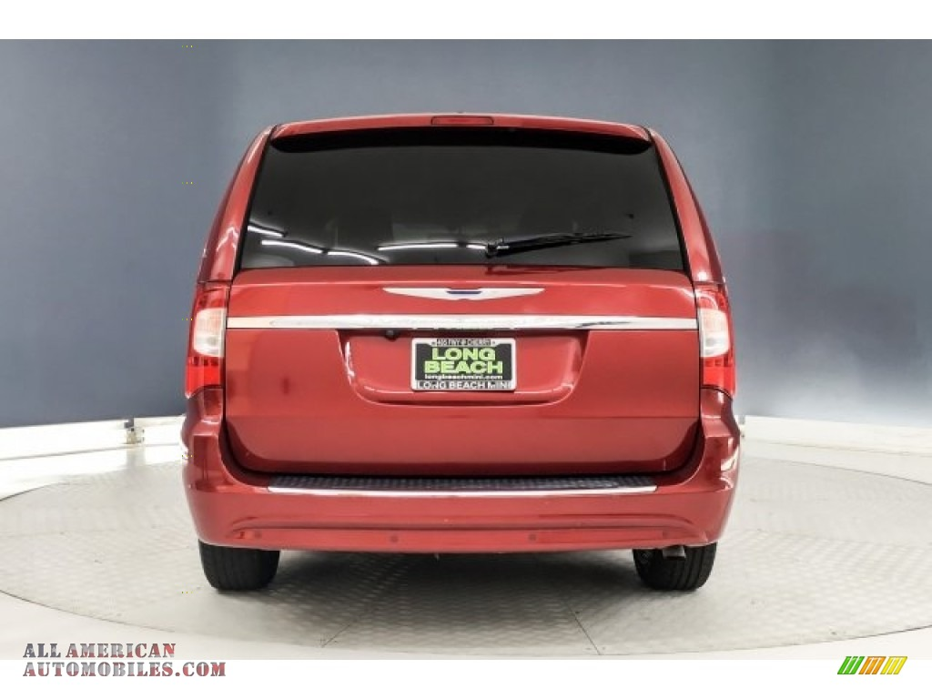 2014 Town & Country Touring-L - Deep Cherry Red Crystal Pearl / Dark Frost Beige/Medium Frost Beige photo #3