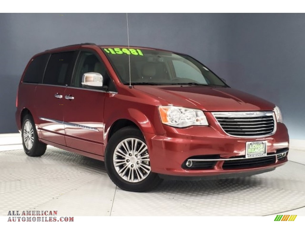 2014 Town & Country Touring-L - Deep Cherry Red Crystal Pearl / Dark Frost Beige/Medium Frost Beige photo #12