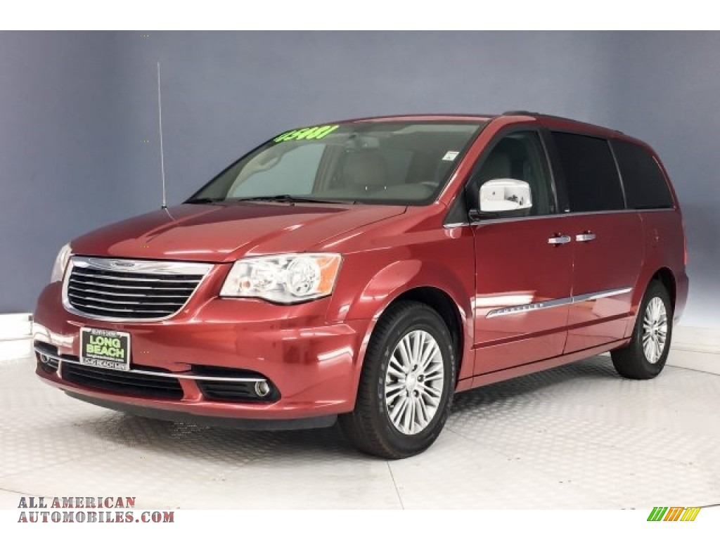 2014 Town & Country Touring-L - Deep Cherry Red Crystal Pearl / Dark Frost Beige/Medium Frost Beige photo #13