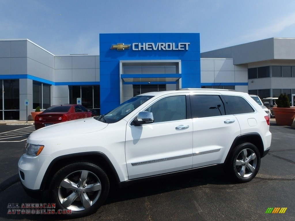 2013 Grand Cherokee Limited 4x4 - Bright White / Black/Light Frost Beige photo #1
