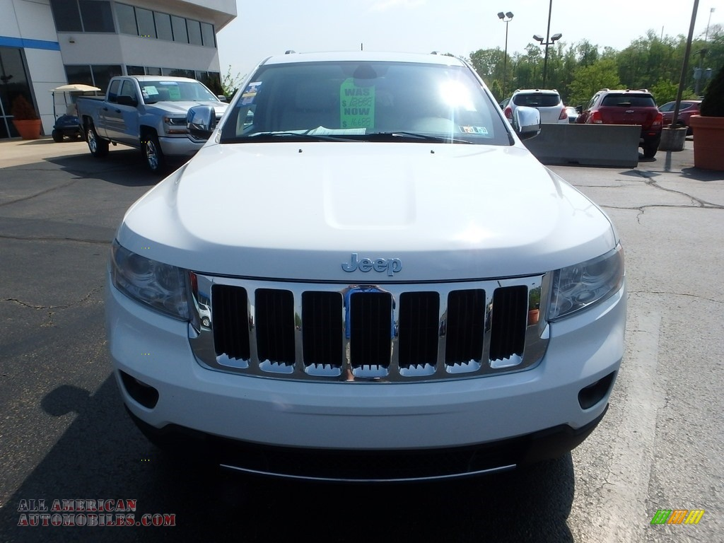 2013 Grand Cherokee Limited 4x4 - Bright White / Black/Light Frost Beige photo #13