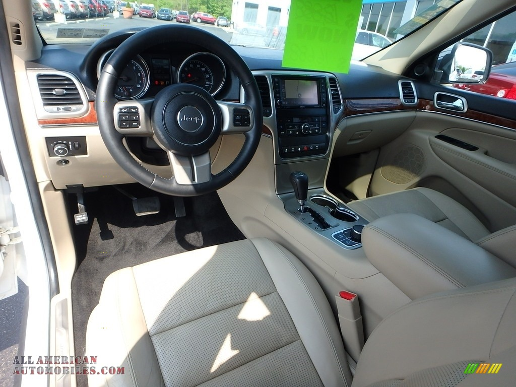 2013 Grand Cherokee Limited 4x4 - Bright White / Black/Light Frost Beige photo #22