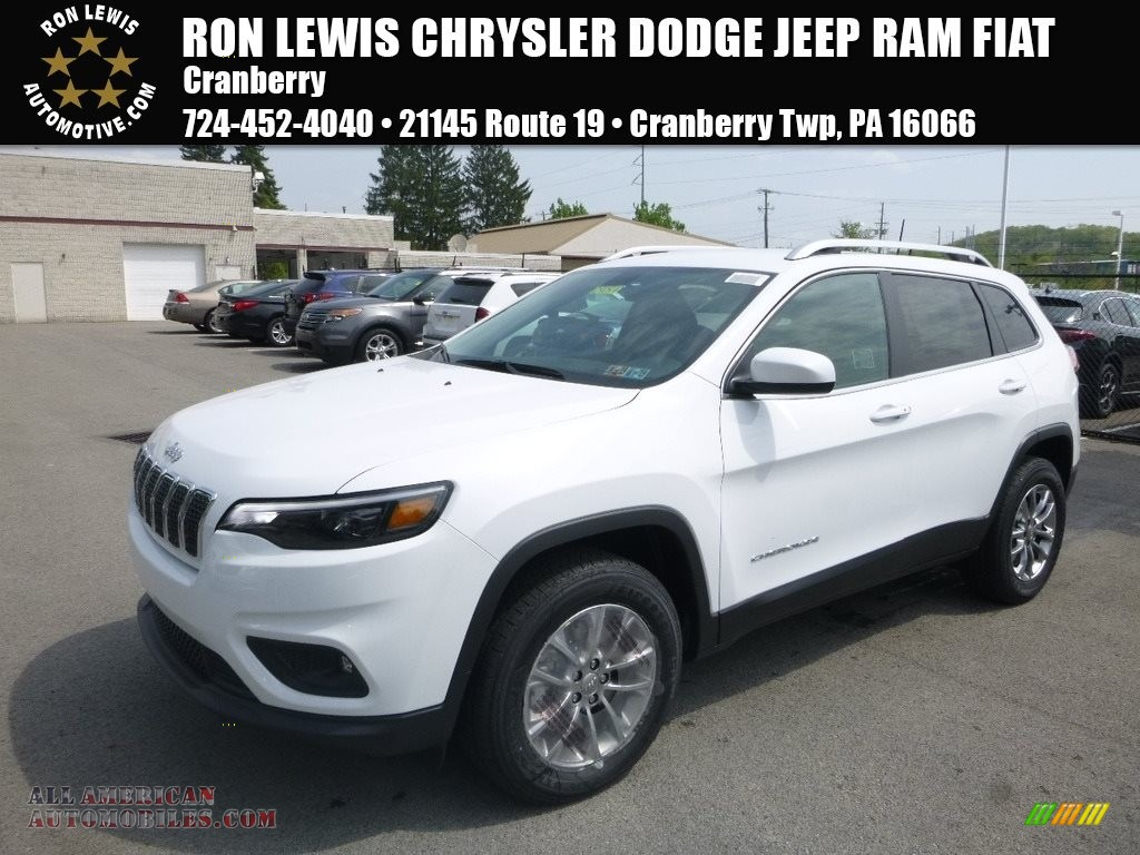 Bright White / Black Jeep Cherokee Latitude Plus 4x4