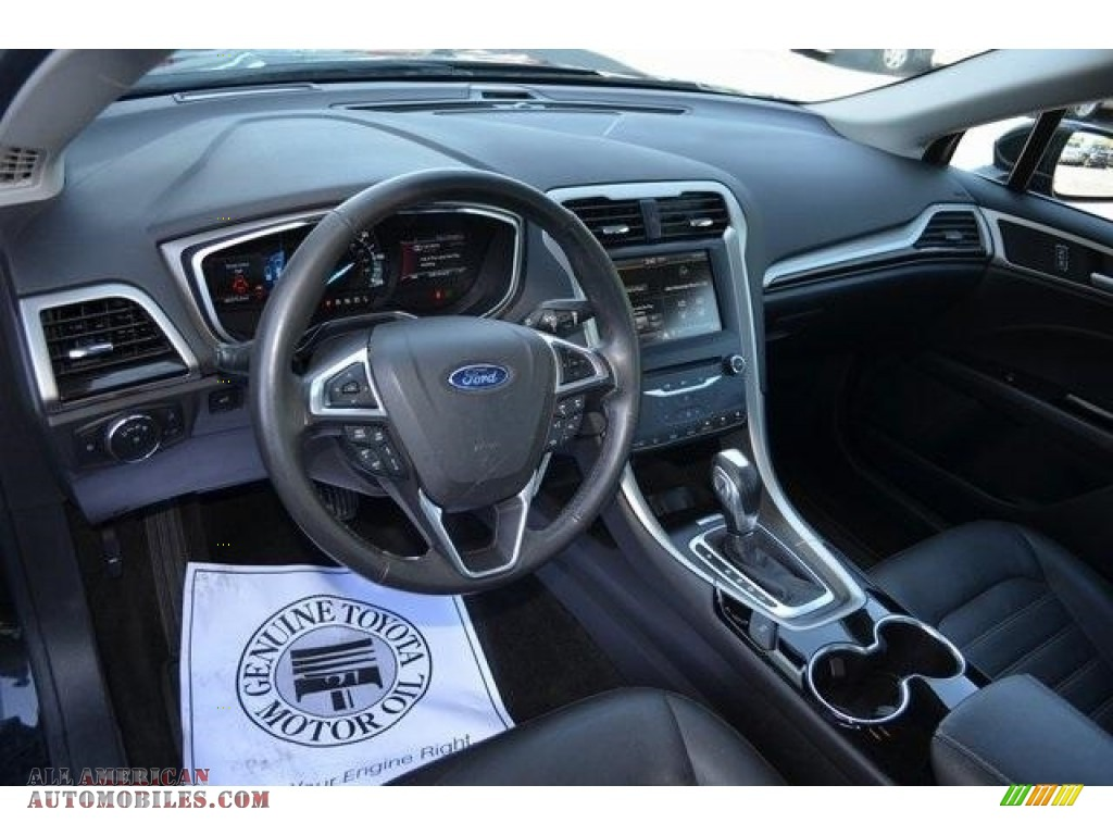2015 Fusion Hybrid SE - Tuxedo Black Metallic / Charcoal Black photo #10