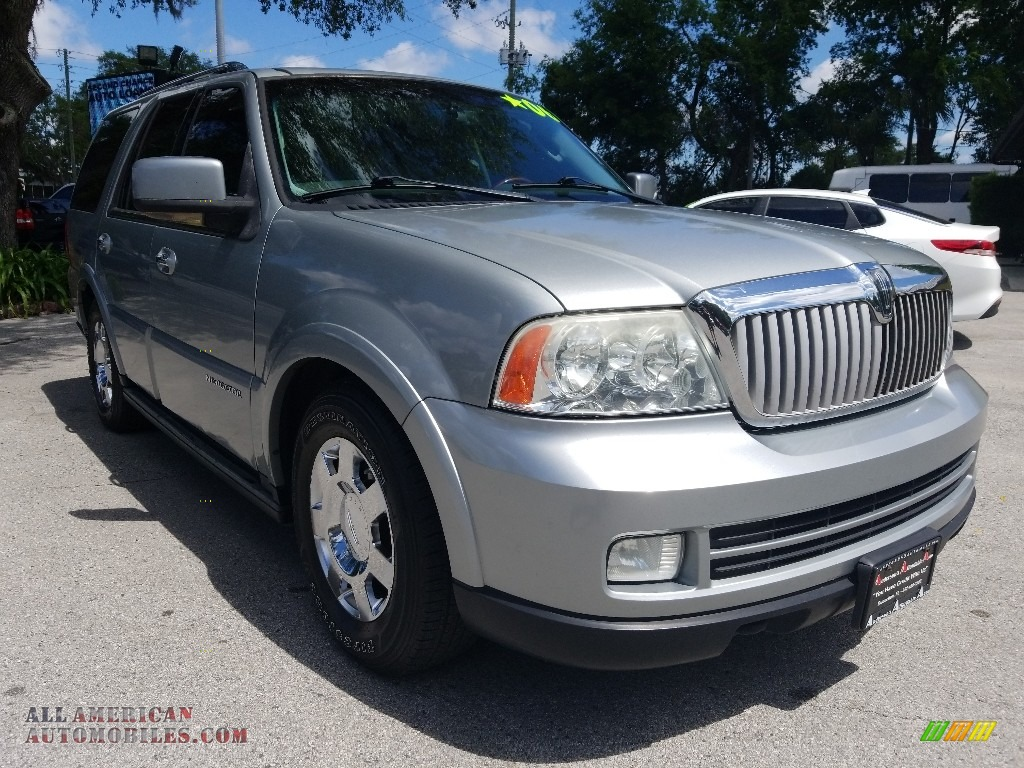 2006 Navigator Luxury - Satellite Silver Metallic / Dove Grey photo #1
