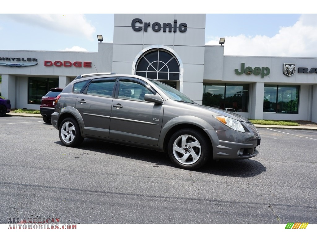 Moonstone Metallic / Graphite Pontiac Vibe
