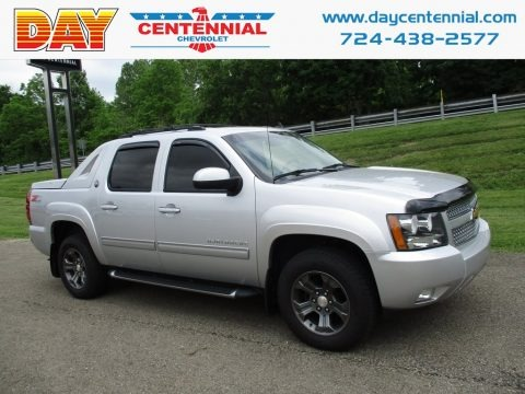 Silver Ice Metallic 2013 Chevrolet Avalanche LT 4x4 Black Diamond Edition