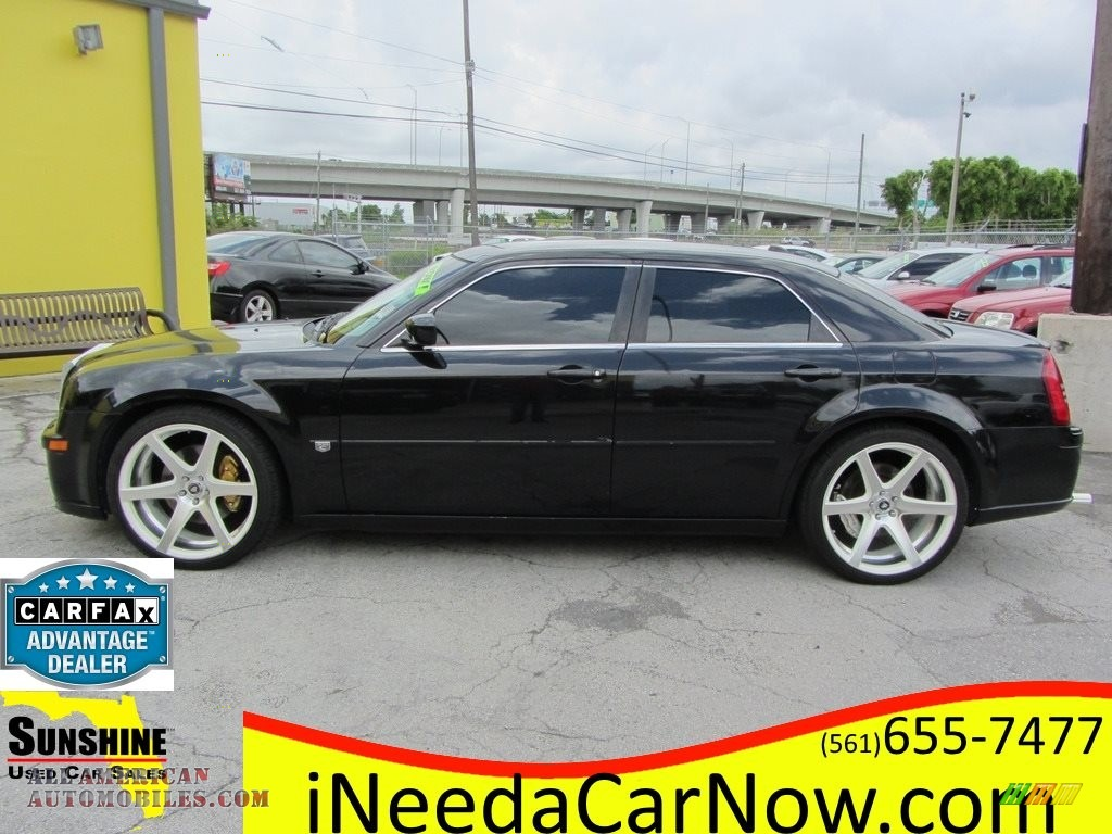 2006 300 C SRT8 - Brilliant Black Crystal Pearl / Dark Slate Gray/Light Graystone photo #1