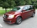 Dodge Grand Caravan SXT Octane Red photo #2
