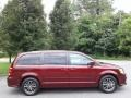 Dodge Grand Caravan SXT Octane Red photo #5