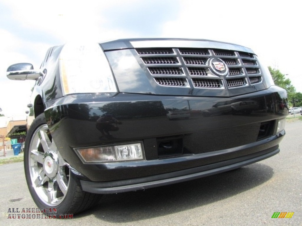 Black Raven / Ebony/Ebony Cadillac Escalade Luxury AWD