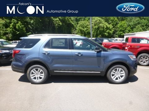 Blue Metallic 2018 Ford Explorer XLT 4WD