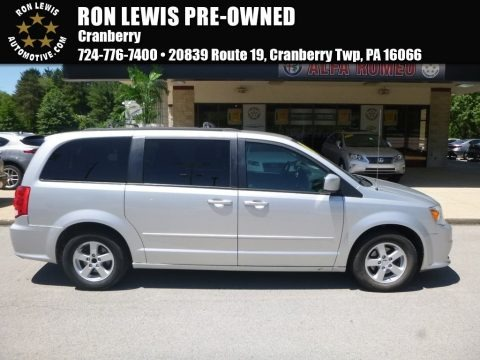 Bright Silver Metallic 2012 Dodge Grand Caravan SXT