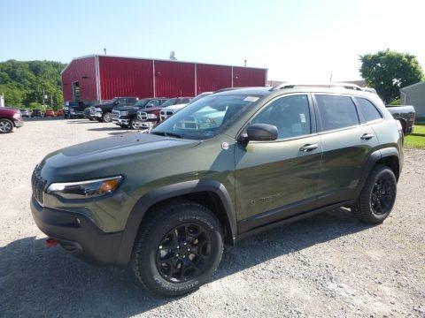 Olive Green Pearl 2019 Jeep Cherokee Trailhawk 4x4