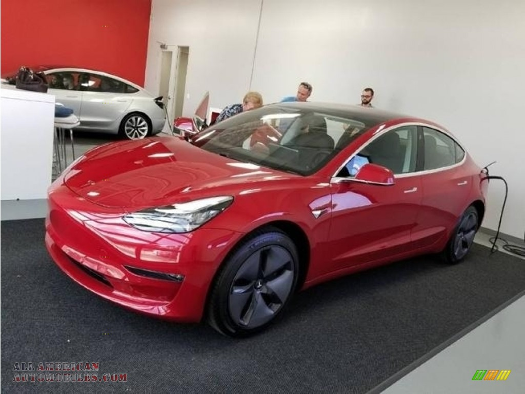 2018 Model 3 Long Range - Red Multi-Coat / Black photo #1