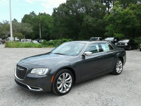 Granite Crystal Metallic 2018 Chrysler 300 Touring