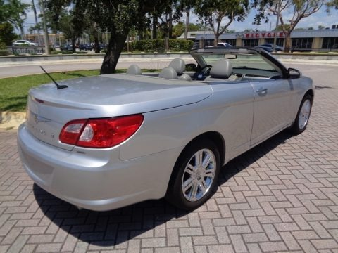 Bright Silver Metallic 2008 Chrysler Sebring Limited Convertible