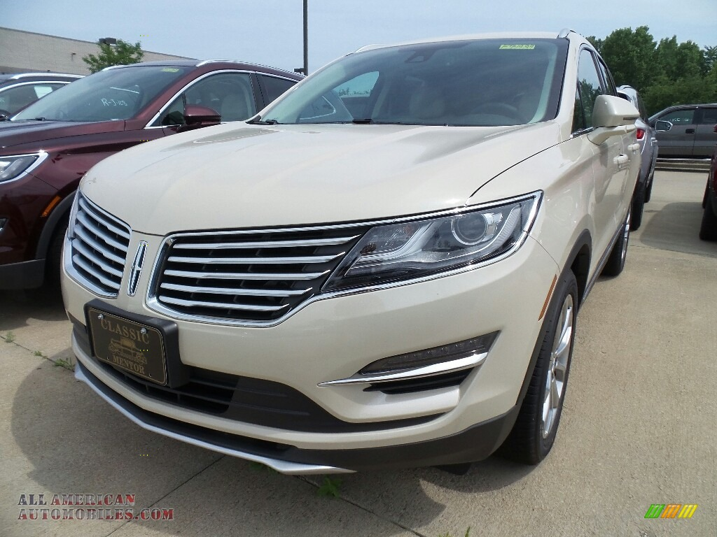 2018 MKC Select AWD - Ivory Pearl / Cappuccino photo #1