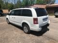 Chrysler Town & Country LX Stone White photo #2