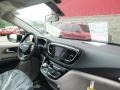 Chrysler Pacifica Touring Plus Brilliant Black Crystal Pearl photo #11