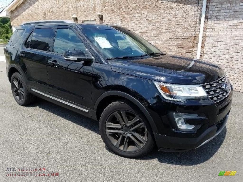 Shadow Black / Ebony Black Ford Explorer XLT 4WD