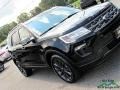 Ford Explorer XLT 4WD Shadow Black photo #32