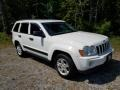 Jeep Grand Cherokee Laredo 4x4 Stone White photo #3