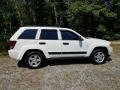 Jeep Grand Cherokee Laredo 4x4 Stone White photo #4